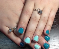 Mixed blue nails