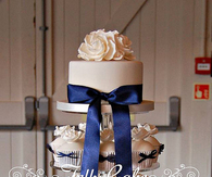 Navy and Ivory Wedding Cupcakes