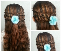 Flower crown to wavy hair