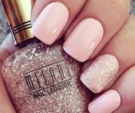 Light pink glitter nails
