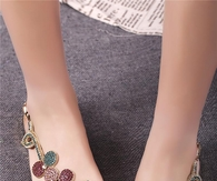 Shining Flat Sandals with Rhinestone Flower
